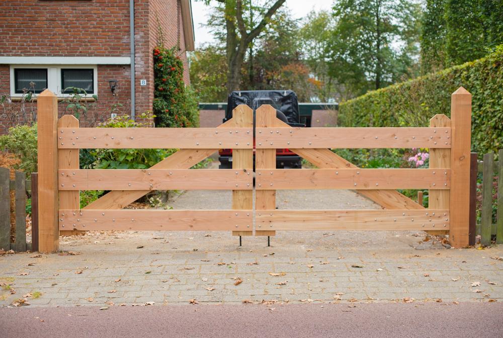 Voorkeur Zelf houten oprit poort maken Hoe Toeganspoort bouwen opritpoort @TY12